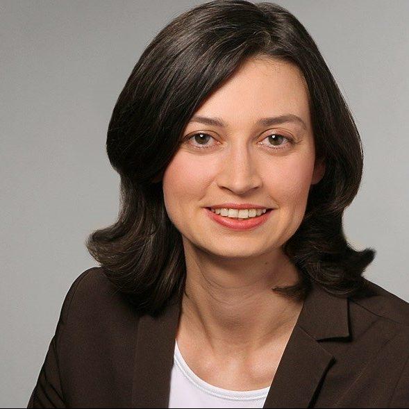 Lucia De Carlo, Bundesministerium für wirtschaftliche Zusammenarbeit und Entwicklung